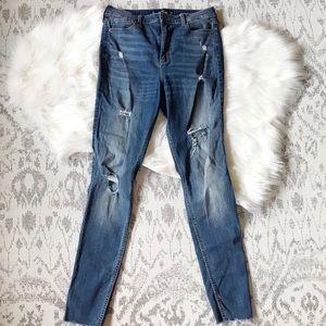 Hollister Jeans: Ultra High Rise Stretch size 9L